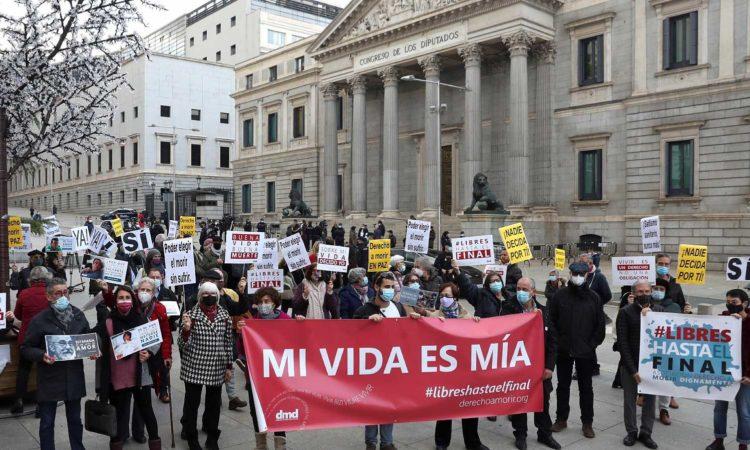 La eutanasia será legal en España en tres meses