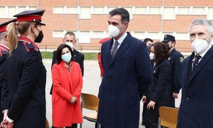 El Gobierno simboliza el desmantelamiento de ETA con la destrucción de 1.400 armas