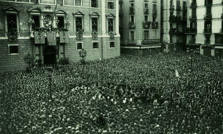 Se conmemora el 90 aniversario de la Segunda República Española