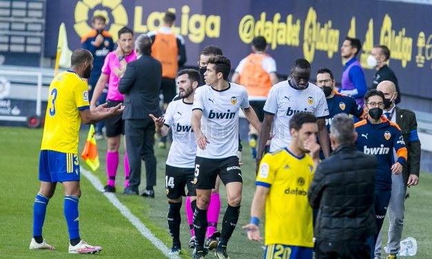 Un nuevo caso de racismo en el fútbol sacude el país