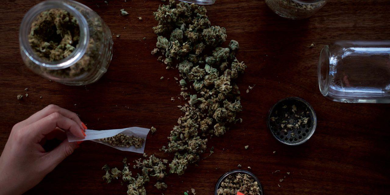La legalización de la marihuana se cuela cada vez en más agendas políticas