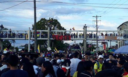 El pueblo colombiano continúa su lucha en las calles