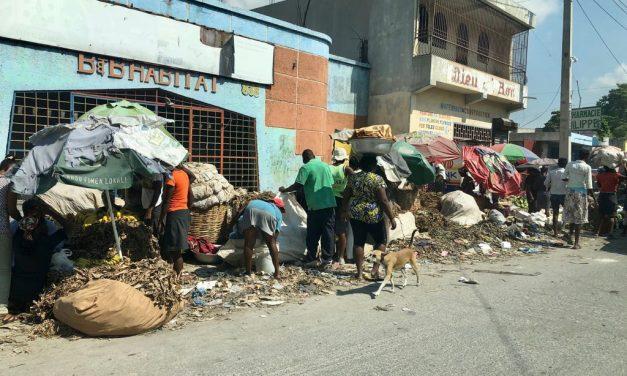 Un nuevo terremoto en Haití dificulta la vida en el país