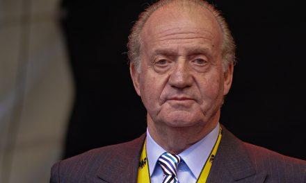 Juan Carlos I continúa en Emiratos Árabes Unidos un año después de abandonar España