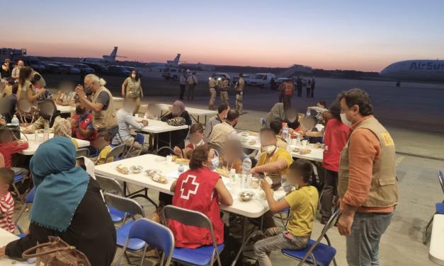 El ejército español ha rescatado a 1.216 colaboradores afganos