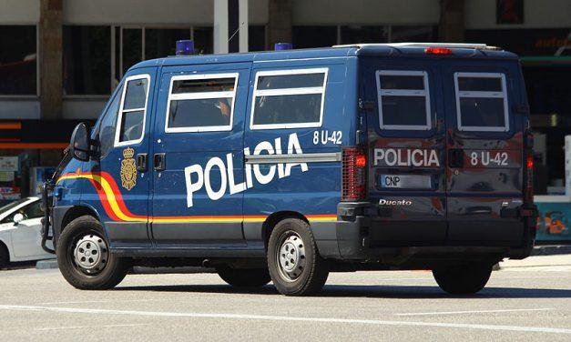 La Policía detiene a 17 personas por prostituir a menores tuteladas en Baleares