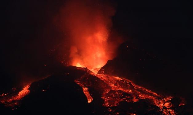 El volcán de La Palma se estabiliza y llegan las primeras ayudas económicas